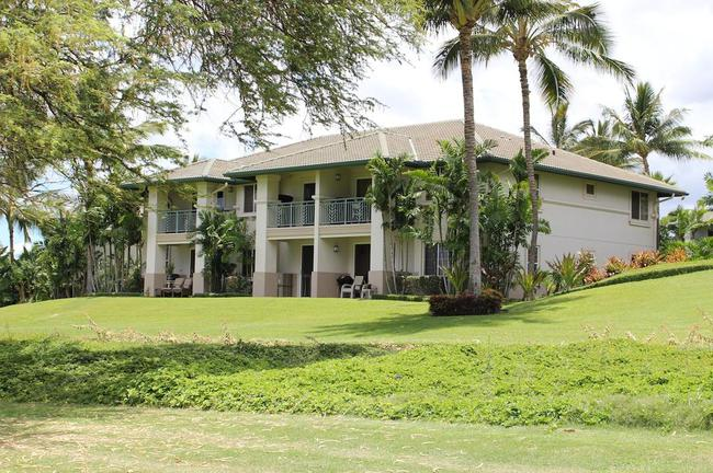 Open space abounds right out your door at Wailea Fairway Villas