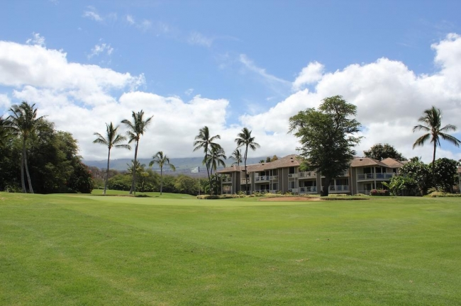 The mountainous backdrop on the island is picture perfect for Grand Champions residents and Wailea Blue Golf Club members