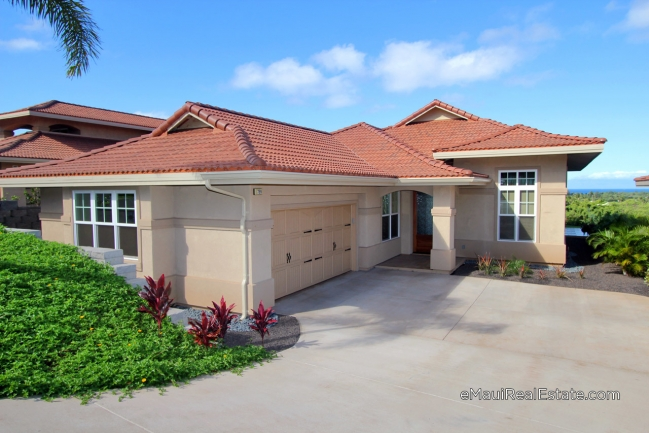Model 100 at Hokulani Golf Villas. 2br/2ba single-level home with 1,898sqft of living area