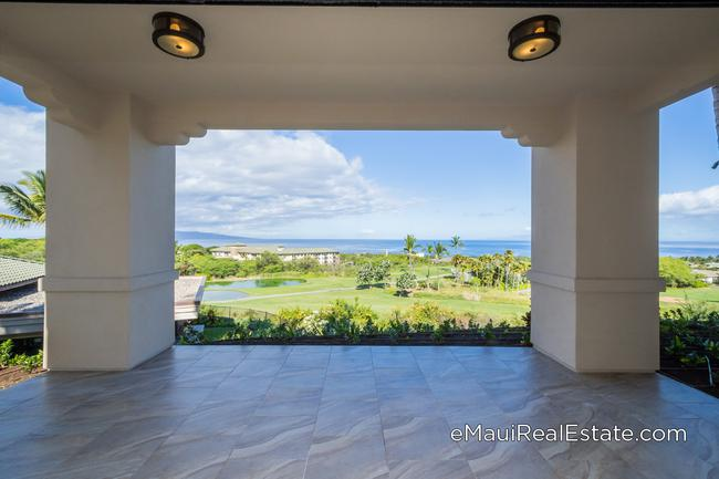 Keala O Wailea offers a great location with panoramic ocean views